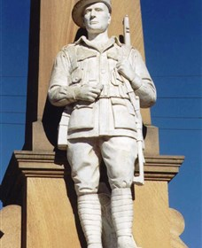Beaudesert War Memorial - Accommodation Gold Coast