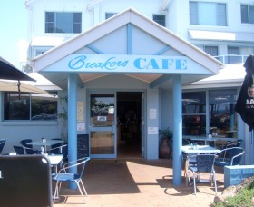 Breakers Cafe and Restaurant - Accommodation Gold Coast