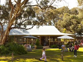 Whistler Wines - Accommodation Gold Coast