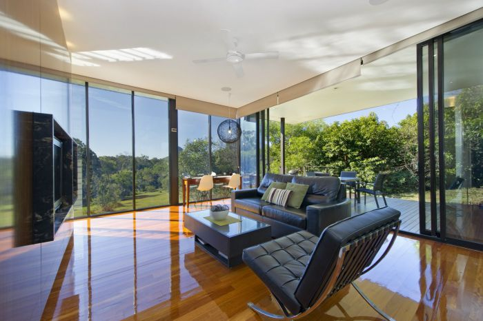 Glass On Glasshouse - Accommodation Gold Coast