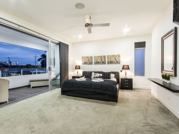 The Grand Broadbeach - Vogue Holiday Homes - Accommodation Gold Coast
