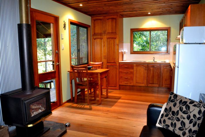 Waterfall Hideout-Rainforest Cabin for Couples - Accommodation Gold Coast