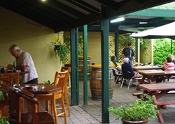 Bird In Hand Inn - Accommodation Gold Coast