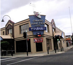 Grand Junction Hotel - Accommodation Gold Coast