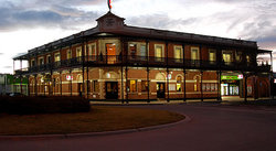 The Grand Terminus Hotel - Accommodation Gold Coast