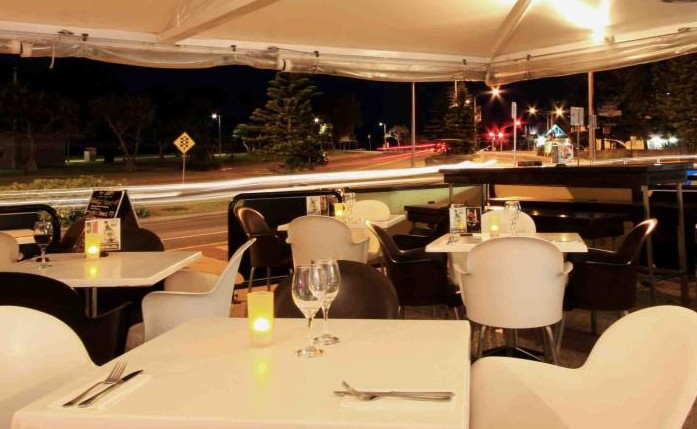 Cafe Fresh Lounge Bar  Shinsen Restaurant - Accommodation Gold Coast