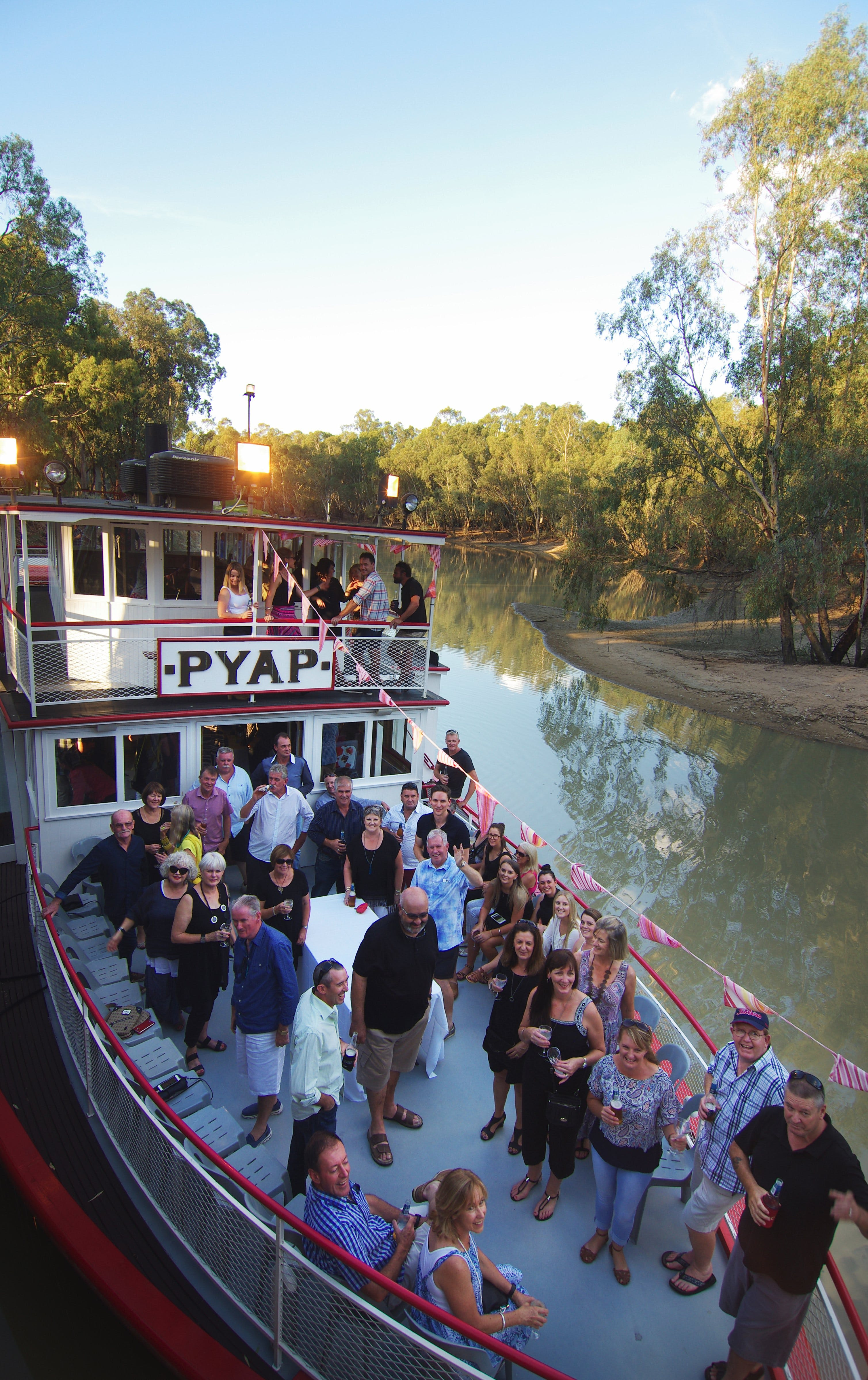 Swan Hill Region Food and Wine Festival Cruise - Accommodation Gold Coast