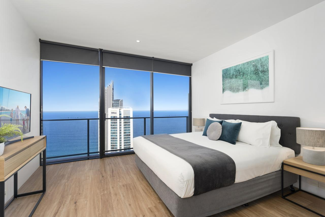 Circle on Cavill - GCLR - Accommodation Gold Coast